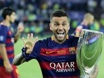 Dani Alves si accasa al Paris Saint Germain, Guardiola si infuria