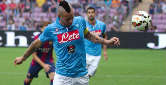 """Albiol, un colpo di testa che vale oro: il Napoli """"vede"""" la Juventus"""
